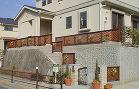 玄関まわりの施工例|スペースウッド 玄関ステップにウッドフェンス
