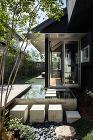 水辺のヴィラハウス | 平岡建築デザイン... http://hiraoka-architec.main.jp/wp/wp-content/uploads/2019/10/it04_C7A6657-1.jpg