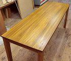 チーク無垢材のダイニングテーブルのオーダメイド