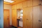 天井まで造り付け収納の玄関