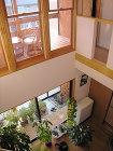 新築施工写真 - 石川県金沢市の工務店。... リビングが吹き抜けで開放的、やわらぎの家...