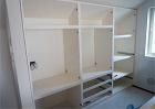 天井の傾斜に合わせて家具を造ります