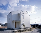 西条の家 http://www.arch-plus.info/works/15_saijyo_no_ie/img/saijyou03.jpg