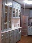住宅キッチン食器棚