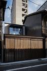 works:岩上通りの住宅 /image/works/041%20kmr/kmr01.jpg