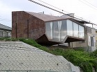 谷尻誠のページ−Makoto Tanij... http://uratti.web.fc2.com/architecture/suppose/houseinohno1.jpg