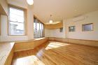 家族をつなぐ「光の階段」がある家 | 建... http://www.tau-s.com/photos/2013/09/kasai-2.jpg