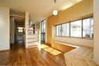 家族をつなぐ「光の階段」がある家 | 建... http://www.tau-s.com/photos/2013/09/kasai-8.jpg