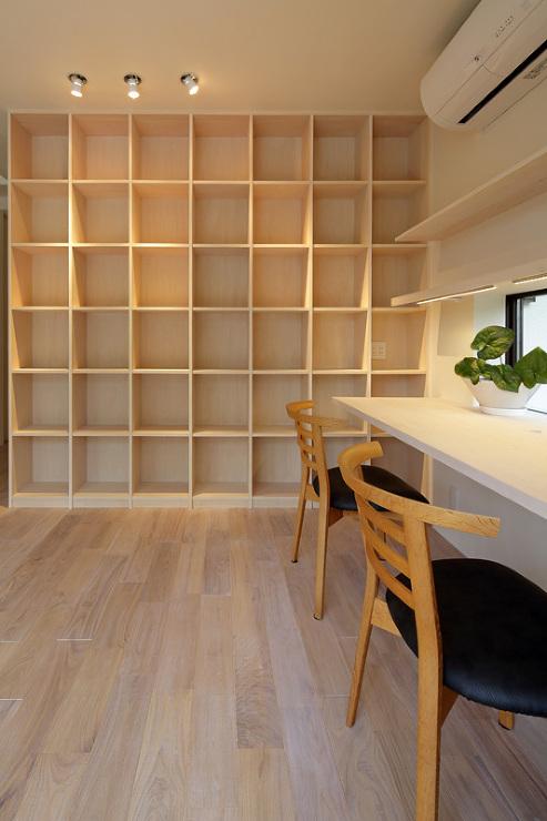 湖風の家 書斎本棚
