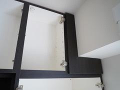 天井の梁を隠します