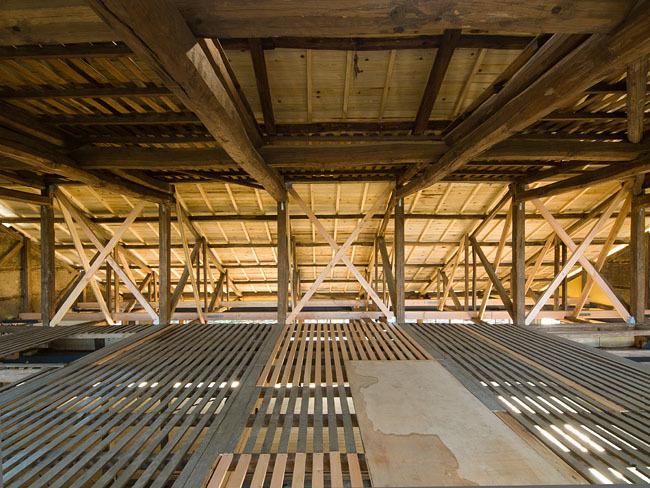 クロスケの家 茶工場 2階