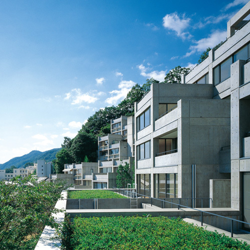 六甲の集合住宅 I, II, III, 兵庫県神戸市, 1978-1983 / 1985-1993 / 1992-1999