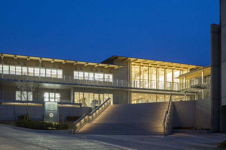 栄光学園 創立70周年事業 新校舎
