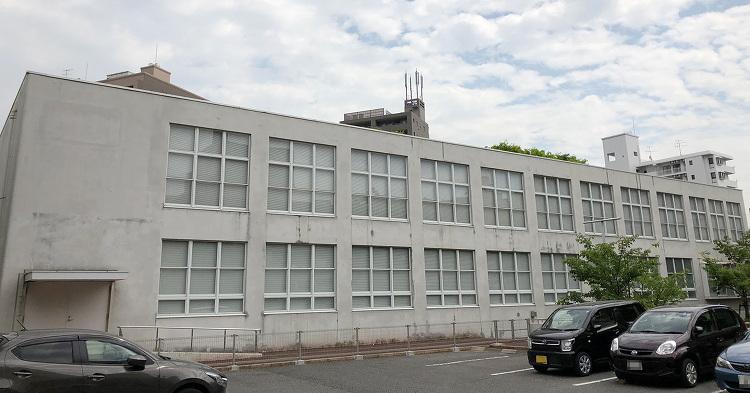 広島逓信病院旧外来棟被爆資料室 | 日本建築めぐり | 建築パース.c...