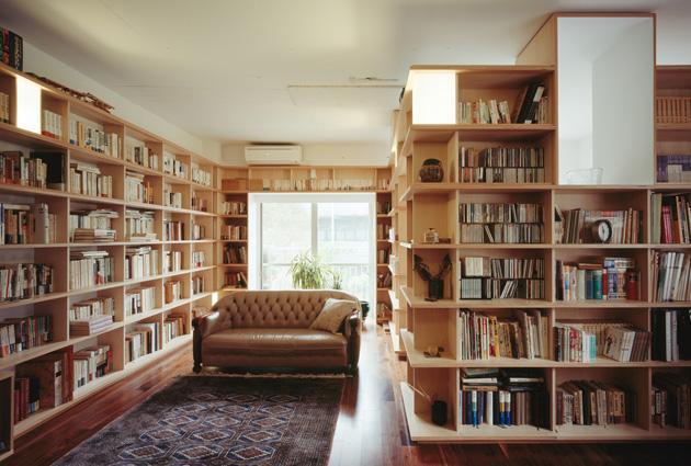 本棚の家 - 小さな図書館に住む - 東京R不動産