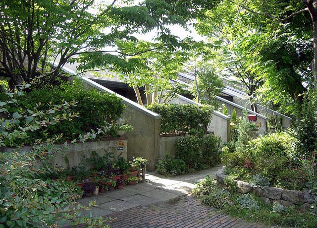 建築家・石井修のページ