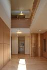 川島建築事務所 上下のつながりをもたせた中村の家
