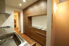 N邸 食器棚 ステンレス天板