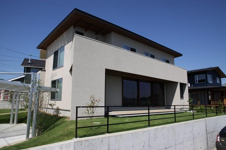 住宅作品:大開口のある家の外観