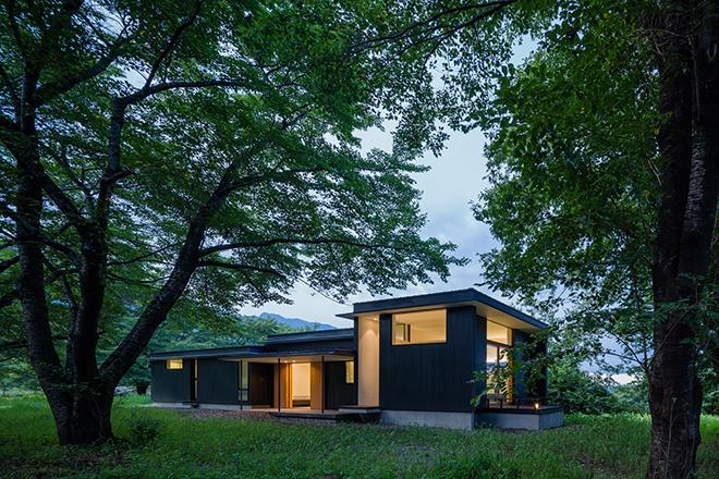 武川の家 (夏)